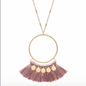 Jewelry - Pink and gold Tassel layered necklace!